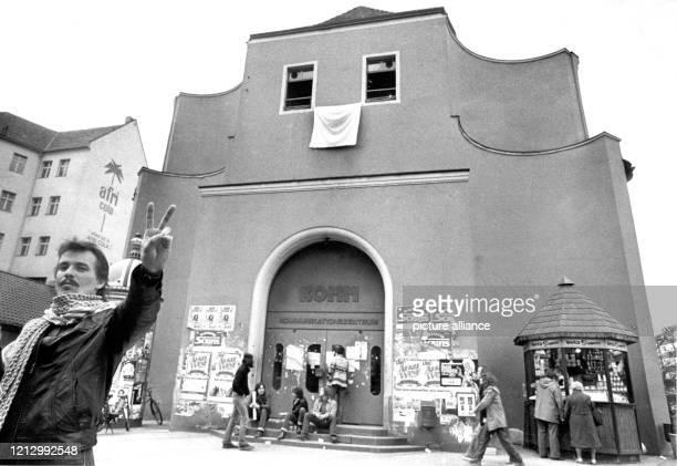 Optimismus nach außen teilweise gedrückte Stimmung drinnen Das Komm in Nürnberg am 1331981 eines der letzten großen selbstverwalteten Jugendzentren...