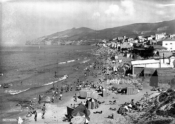 Oran The beach of Bouisseville about 1950 CAP562