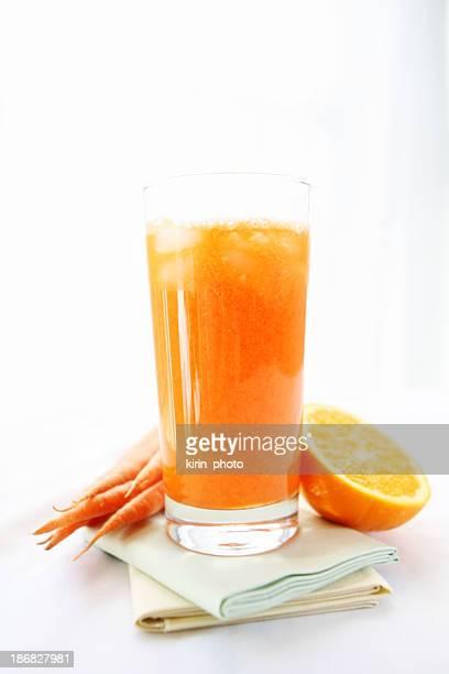 orange und Möhrensaft