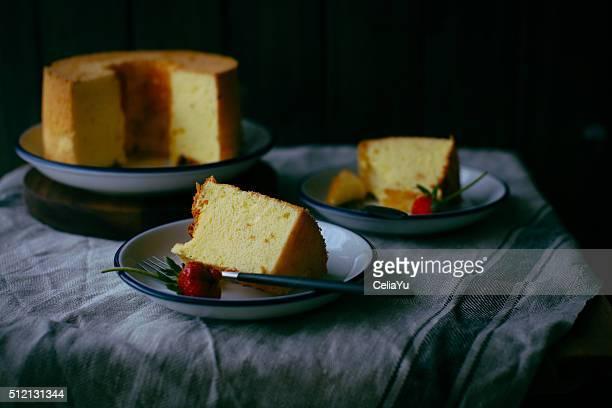 orange chiffon cake - シフォン ストックフォトと画像
