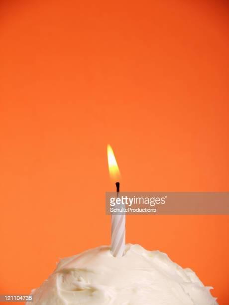 Recipiente laranja Bolo Vela