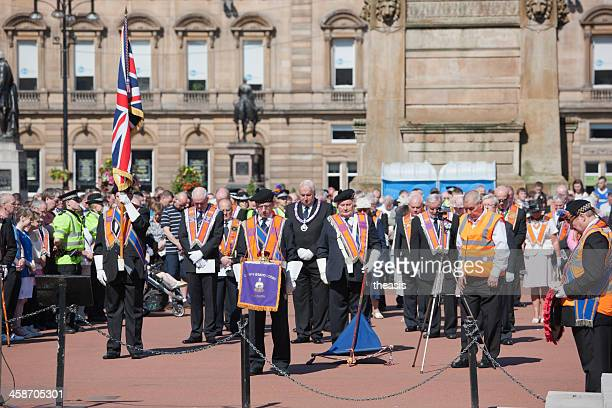 orange order wreath laying - theasis stock pictures, royalty-free photos & images