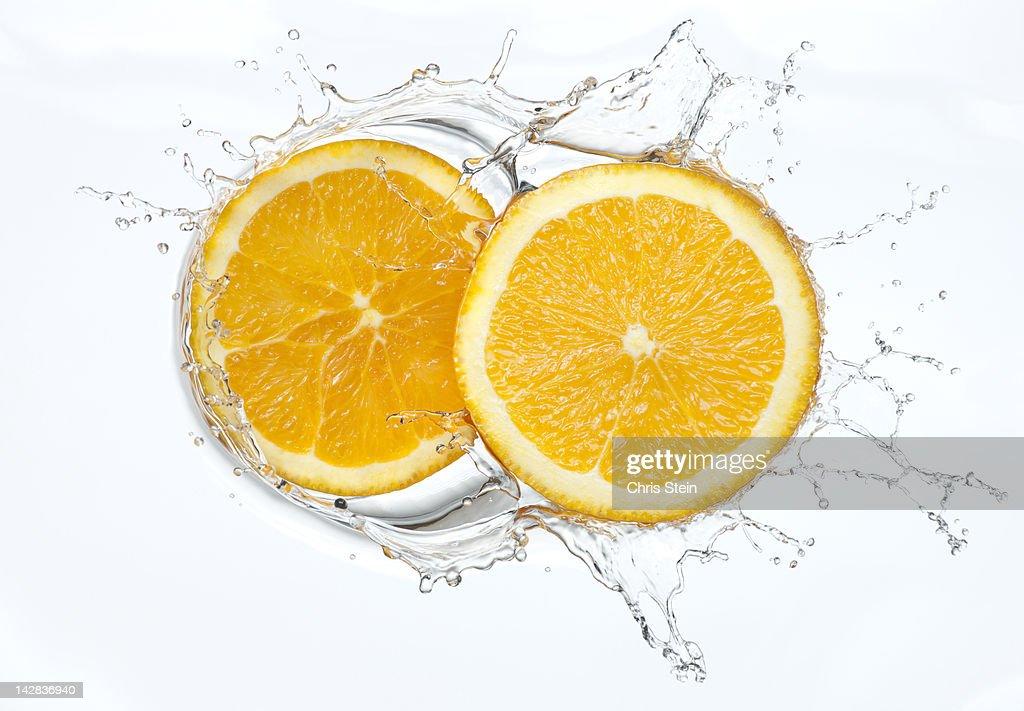 Orange slices Splash : Stock Photo