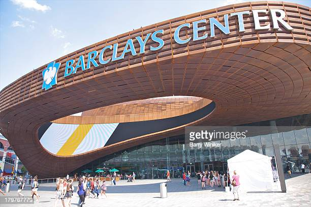 orange tile oval shape to sport/concert center - barclays center brooklyn stock pictures, royalty-free photos & images