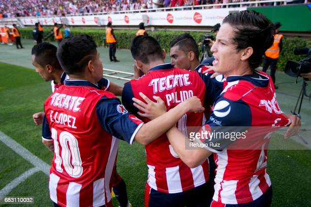 Orbelin Pineda of Chivas celebrates after scoring the first goal of his team during the quarter finals second leg match between Chivas and Atlas as...
