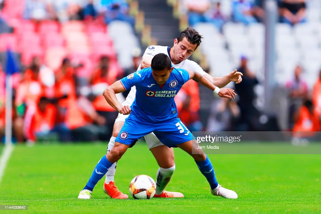 Cruz Azul v Pumas UNAM - Torneo Clausura 2019 Liga MX : News Photo