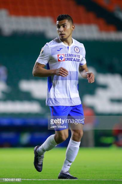 Orbelin Pineda of Cruz Azul runs during the 8th round match between Leon and Cruz Azul as part of the Torneo Guard1anes 2021 Liga MX at Leon Stadium...