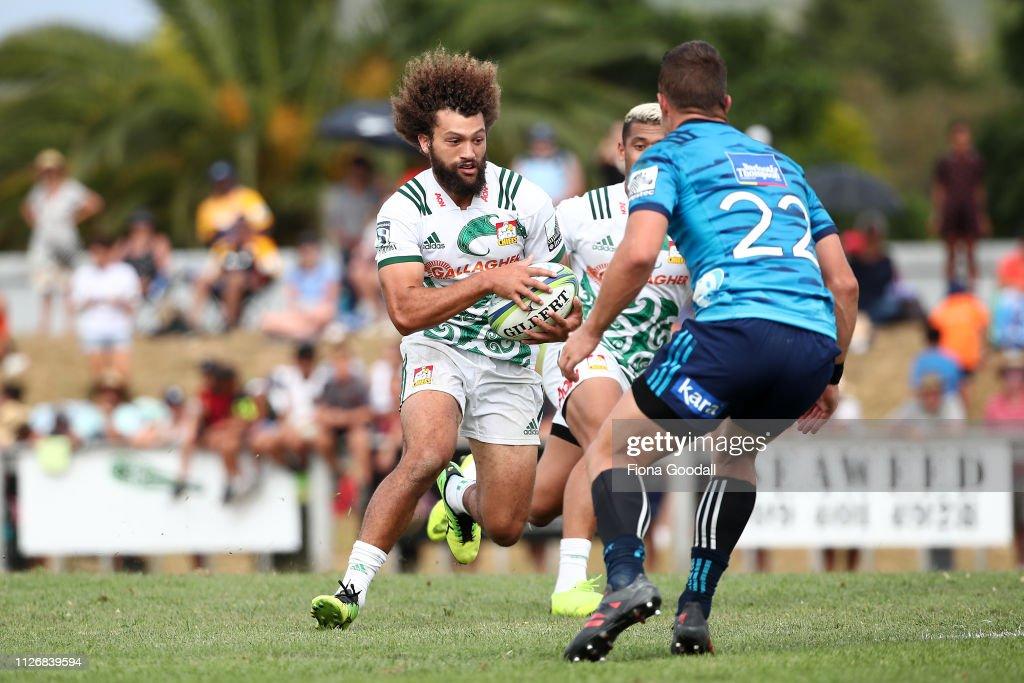 Blues v Chiefs - Super Rugby Pre-Season : News Photo