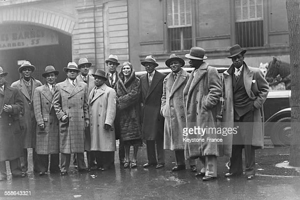 L'orchestre Noble Sissle arrive aux Ambassadeurs à Paris France en 1928