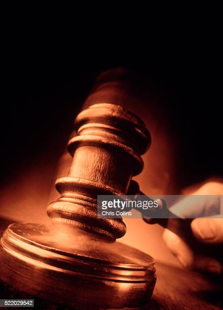 order in the court - crime or recreational drug or prison or legal trial stock-fotos und bilder