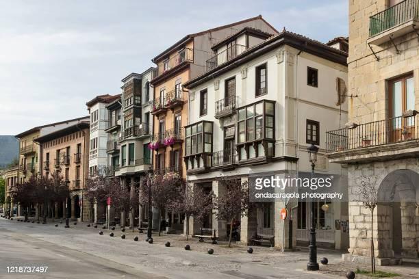 orduña basque town - pais vasco fotografías e imágenes de stock