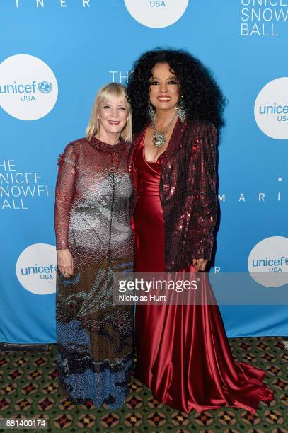 Oreal Luxe USA and Spirit of Compassion Award Honoree Carol J Hamilton and Diana Ross attend the 13th Annual UNICEF Snowflake Ball 2017 at Cipriani...