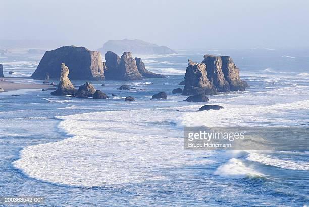 USA, Oregon, Bandon, stack rocks and coastline, elevated view
