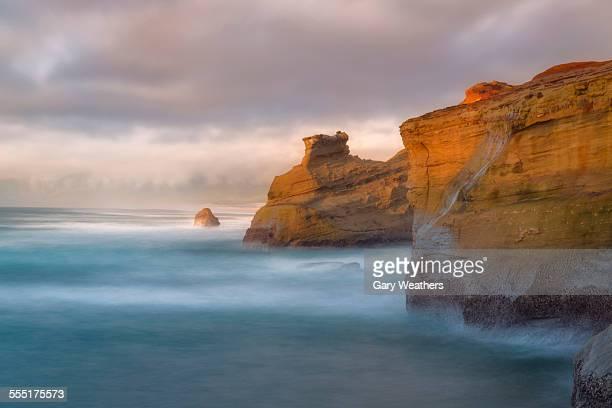 USA, Oregon, Cape Kiwanda, Scenic view of cliffs along coastline