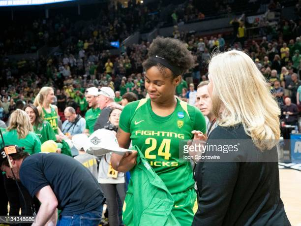 Oregon Ducks forward Ruthy Hebard reacts after the NCAA Division I Women's Championship Elite Eight round basketball game between the Oregon Ducks...