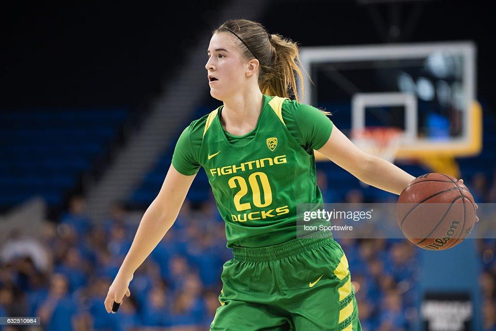 NCAA BASKETBALL: JAN 15 Women's - Oregon at UCLA : News Photo