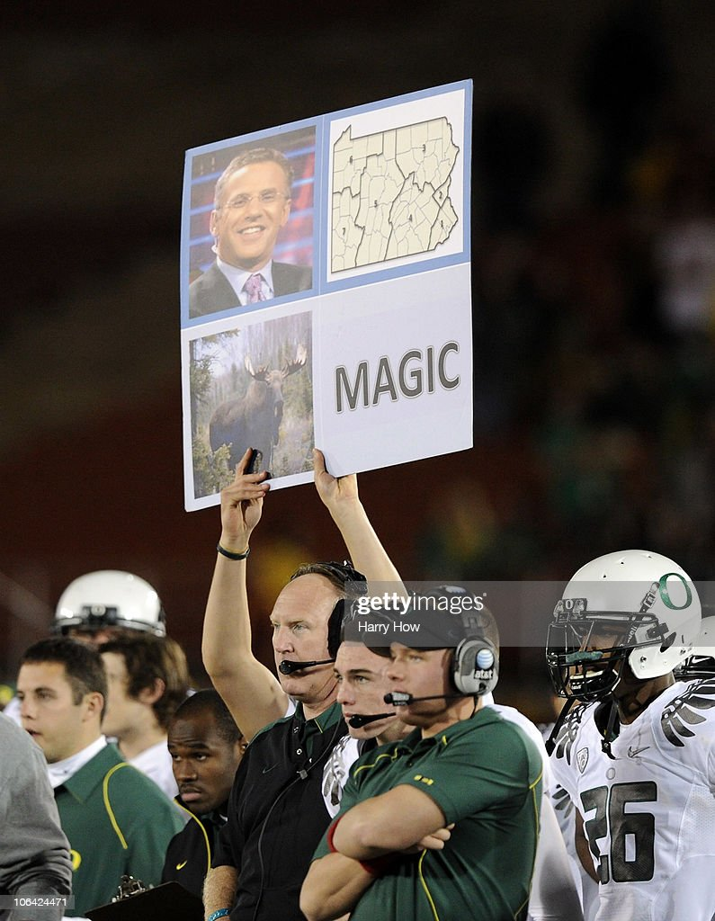 Oregon Ducks use a sign to signal a play against the USC Trojans during the fourth quarter at Los Angeles Memorial Coliseum on October 30, 2010 in Los Angeles, California.