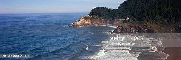 usa, oregon, haceta head lighthouse - timothy hearsum stockfoto's en -beelden