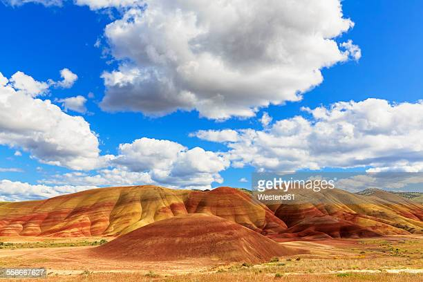 usa, oregon, john day fossil beds national monument, painted hills - john day fossil beds national park stock pictures, royalty-free photos & images
