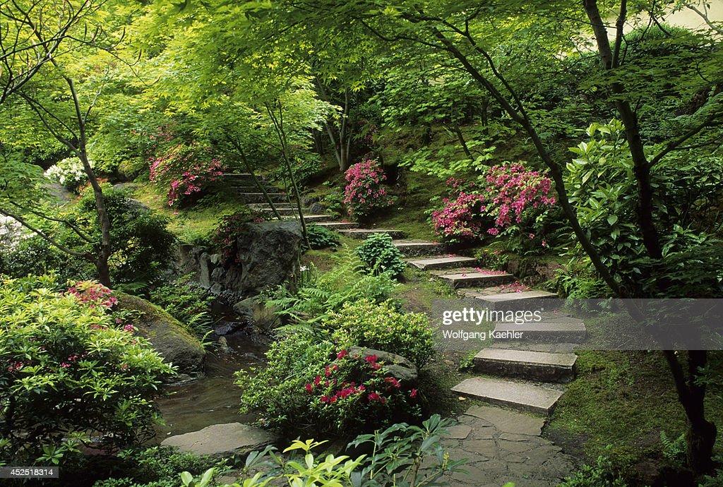 Oregon, Portland, Japanese Garden, Natural Garden, Walkway ...
