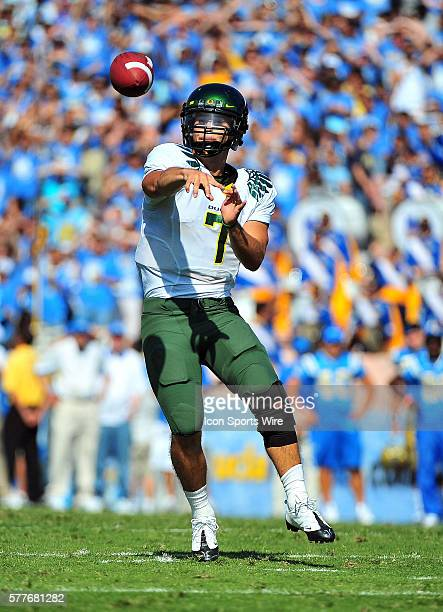 Oregon quarterback Nate Costa full body and isolated throws during a college football game between the Oregon Ducks and the UCLA Bruins played at the...
