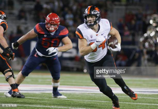 Oregon State Beavers running back Ryan Nall runs with the ball during a college football game between the Oregon State Beavers and Arizona Wildcats...