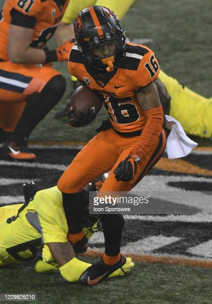 Oregon State Beavers WR Champ Flemings returns a kickoff during a PAC-12 conference football game between the Oregon Ducks and Oregon State Beavers...