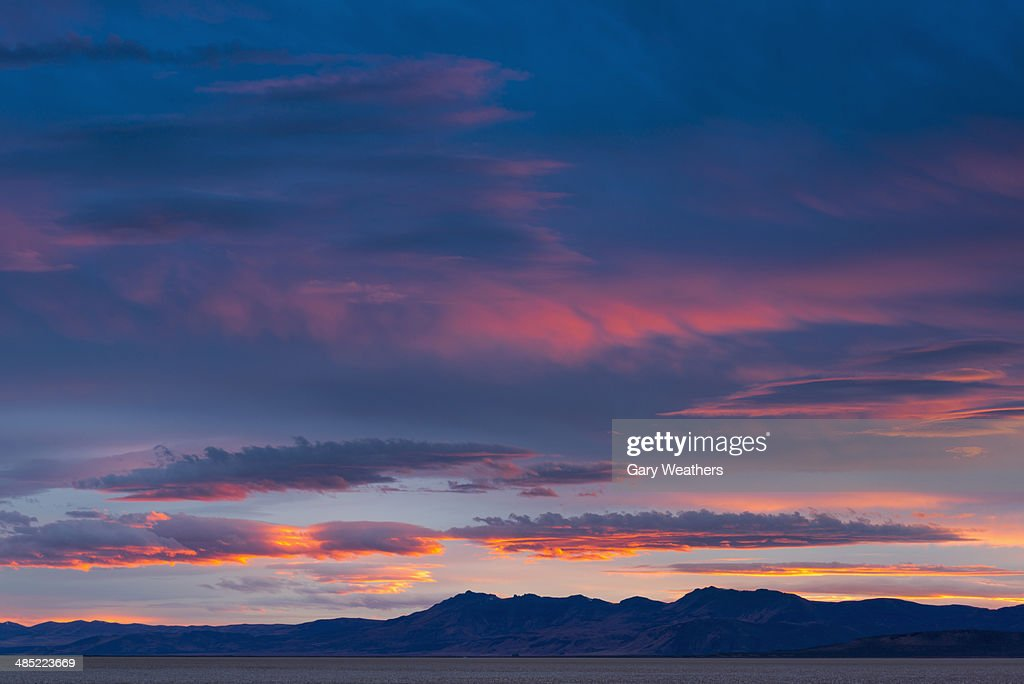 USA, Oregon, View to Alvord Desert at sunset : Stock Photo