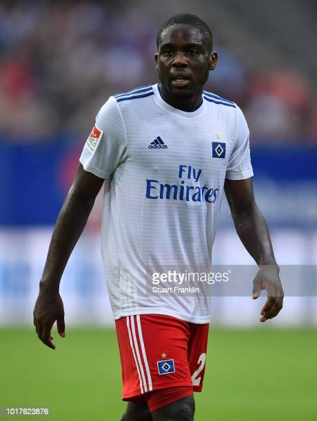 Orel Mangala of Hamburg looks on during the friendly match between Hamburger SV and Bayern Muenchen at Volksparkstadion on August 15 2018 in Hamburg...
