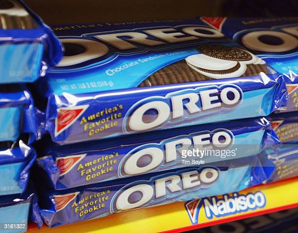 Oreo cookies are seen displayed in a grocery store March 30 2004 in Niles Illinois Kraft plans on closing a 300000squarefoot facility in Niles...