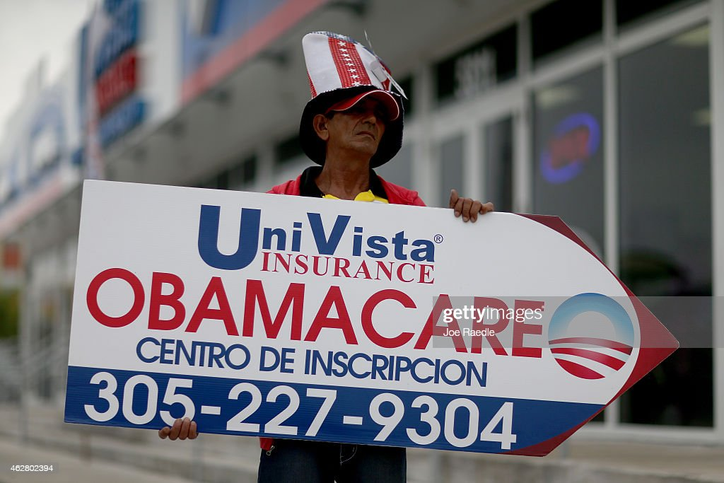 Oreste Alvarez holds a sign directing people to UniVista Insurance company where they can sign up for the Affordable Care Act, also known as Obamacare, before the February 15th deadline on February 5, 2015 in Miami, Florida. Numbers released by the government show that the Miami-Fort Lauderdale-West Palm Beach metropolitan area has signed up 637,514 consumers so far since open enrollment began on Nov. 15, which is more than twice as many as the next large metropolitan area, Atlanta, Georgia.