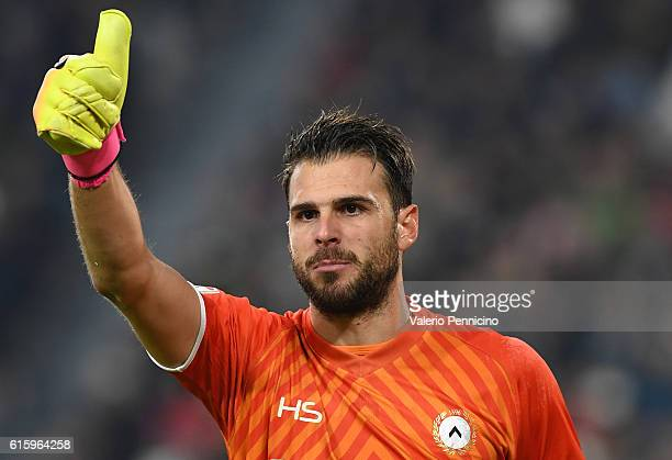Orestis Karnezis of Udinese Calcio gestures during the Serie A match between Juventus FC and Udinese Calcio at Juventus Stadium on October 15 2016 in...
