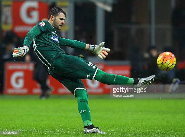Orestis Karnezis of Udinese Calcio in action during the Serie A match between AC Milan and Udinese Calcio at Stadio Giuseppe Meazza on February 7...