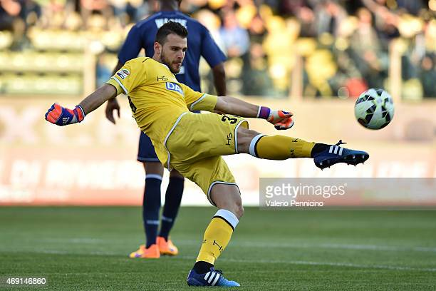 Orestis Karnezis of Udinese Calcio rkicks the ball during the Serie A match between Parma FC and Udinese Calcio at Stadio Ennio Tardini on April 8...