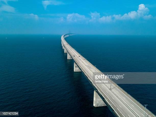 sontbrug - brug mens gemaakte bouwwerken stockfoto's en -beelden