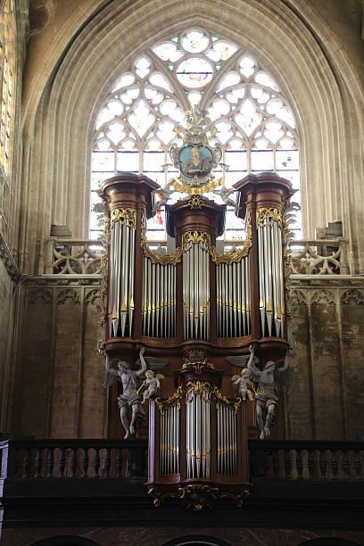 organ at church du Sablon at Rue Royale