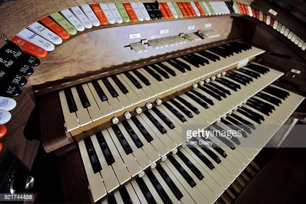 Organ at St. George Theater