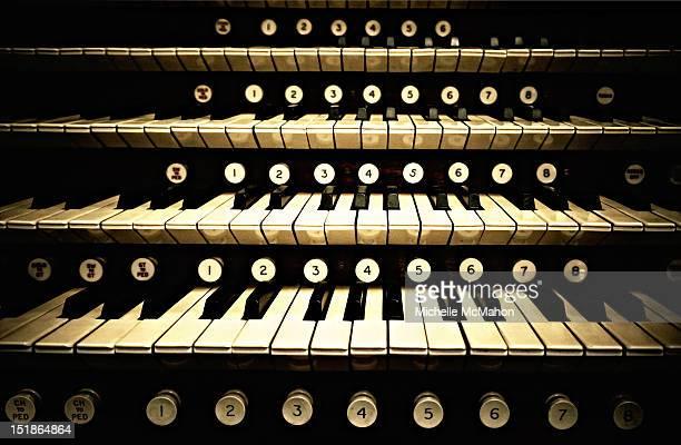 organ keys - church organ stock pictures, royalty-free photos & images