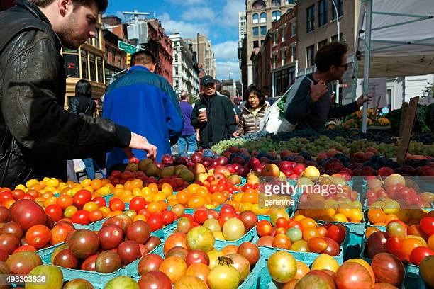organic market - union square new york city stock pictures, royalty-free photos & images