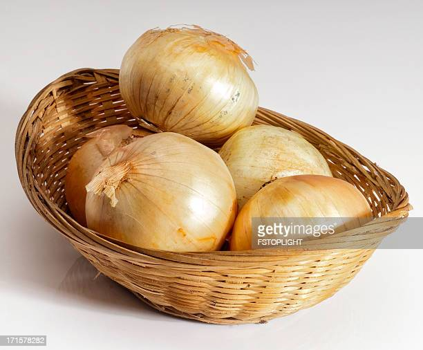 organic onions - fstoplight stock photos and pictures