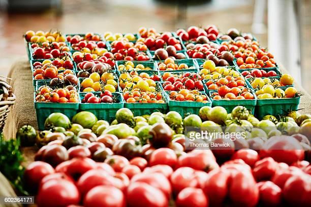 Organic tomatoes at farmers market