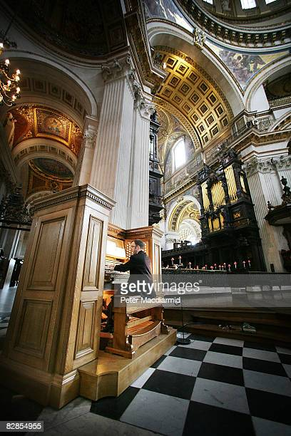 Organist Simon Johnson plays the new mobile organ console in St Paul's Cathedral on September 17 2008 in London The Grand Organ with it's 7256 pipes...