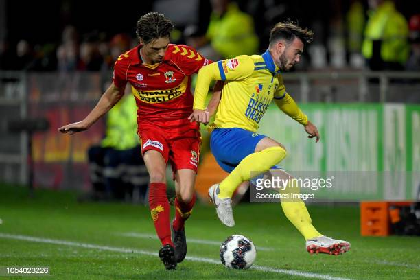 Orhan Dzepar of Go Ahead Eagles Robin Maulan of SC Cambuur during the Dutch Keuken Kampioen Divisie match between Go Ahead Eagles v SC Cambuur at the...