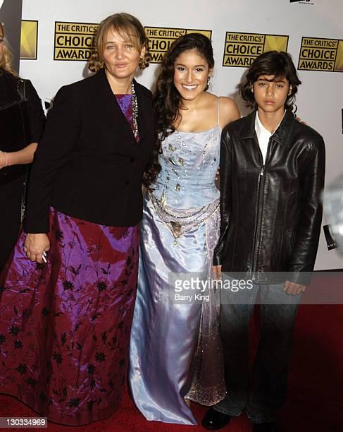 Q'Orianka Kilcher and mother Saskia Kilcher and brother Kainoa Kilcher