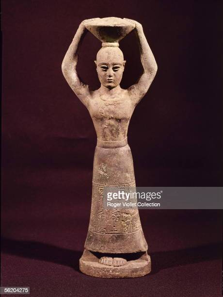 Oriental art Bronze statuette of goddess Nammou from Nippour Museum of Baghdad