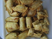 closeup fried oriental party mix food