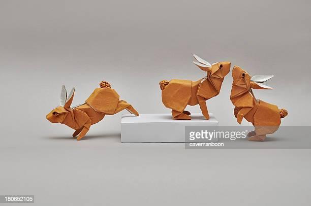 origami rabbits - origami foto e immagini stock