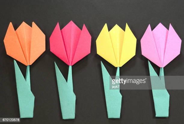 origami tulip flower - origami fotografías e imágenes de stock