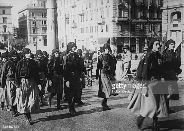 Fascisti Women March