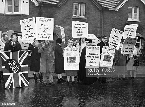 Original caption: League Against Cruel Sports Demonstrates At Amersham Hunt. Additional Hulton Text: Members of the League against Cruel Sports...